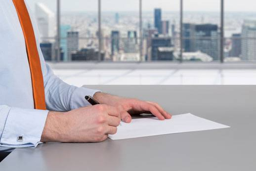 Law Firm Performance Reviews: Positive and Negative
