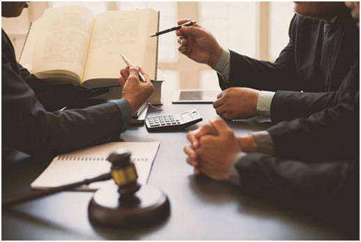 7 Benefits of Working in a Small Law Firm
