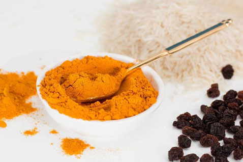 Here are 7 ways turmeric can help in your beauty routine.