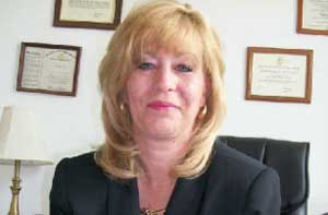 Kelly A. Harris, A Professional mediator who owns and manages Harris Mediation and Paralegal Services